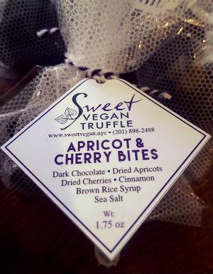 Apricotcherrybiteseditblog